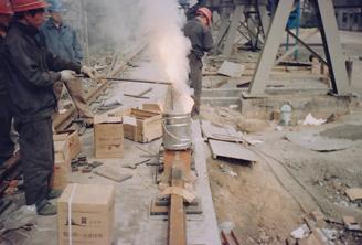 熄焦车轨道焊接过程-铝热焊接